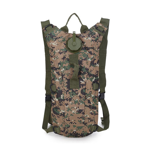 WF918WDG---Camel-Hydrate-Backpack-White-Digital-Camo